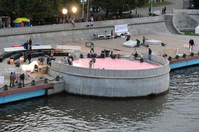 """Панорама площадки """"Циркового пяточка в Нескучном"""", Москва 2011"""