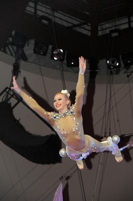 Ольга Шмелёва, номер Нимфа, Фестиваль в Ижевске 2012
