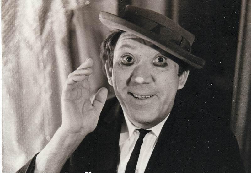 17 лет назад ушел из жизни  легендарный артист цирка - уникальный клоун Юрий Никулин